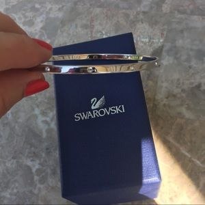 NIB Swarovski Crystal Bangle